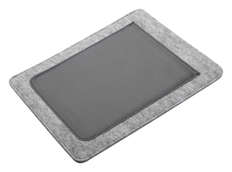 Distingue Plus iPad® case