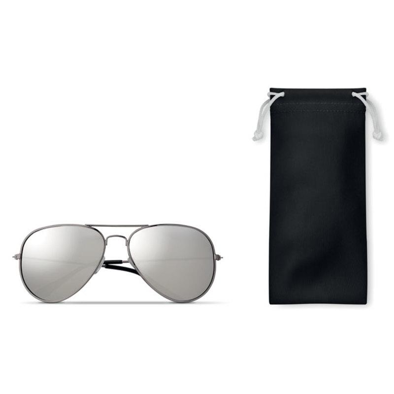 Sunglasses in microfiber pouch