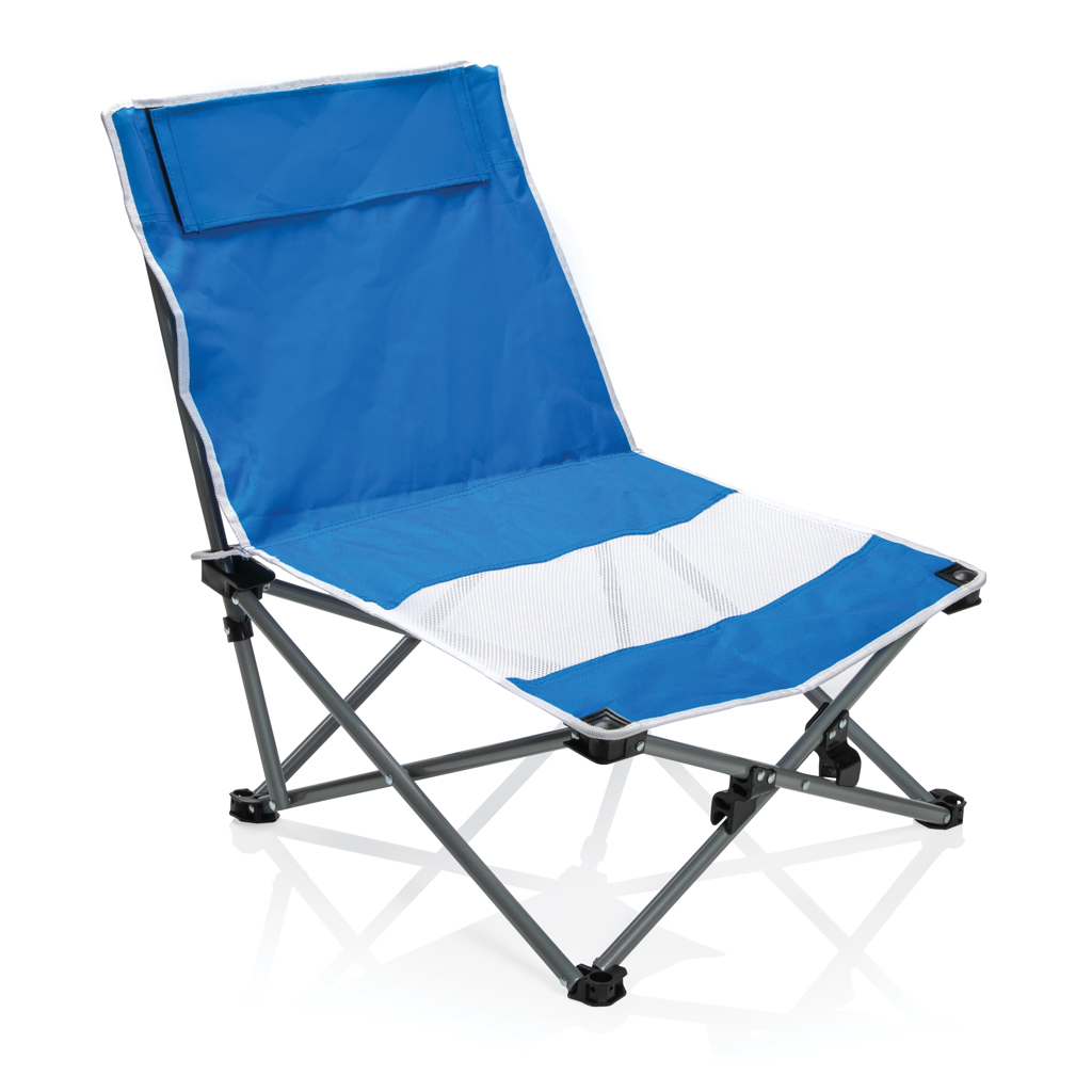 Foldable beach chair in pouch