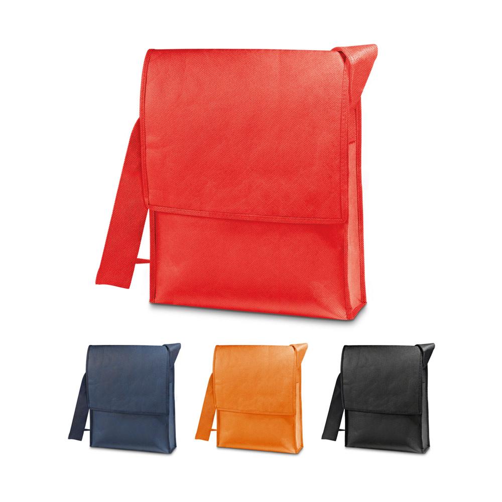 NASH. Shoulder bag with zipper