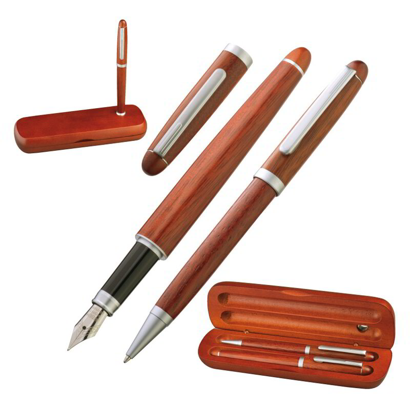 Rosewood pen set in stylish case.