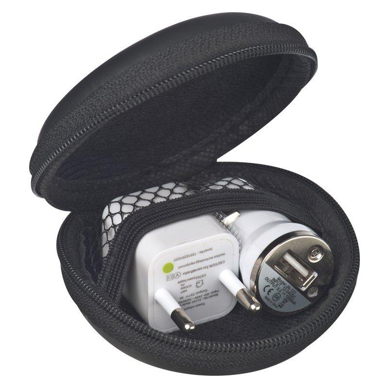 Set with plug and USB carcharg