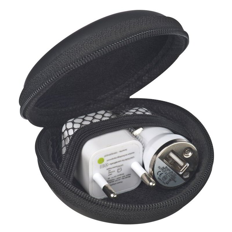 Travelling set with EU plug and USB car charger