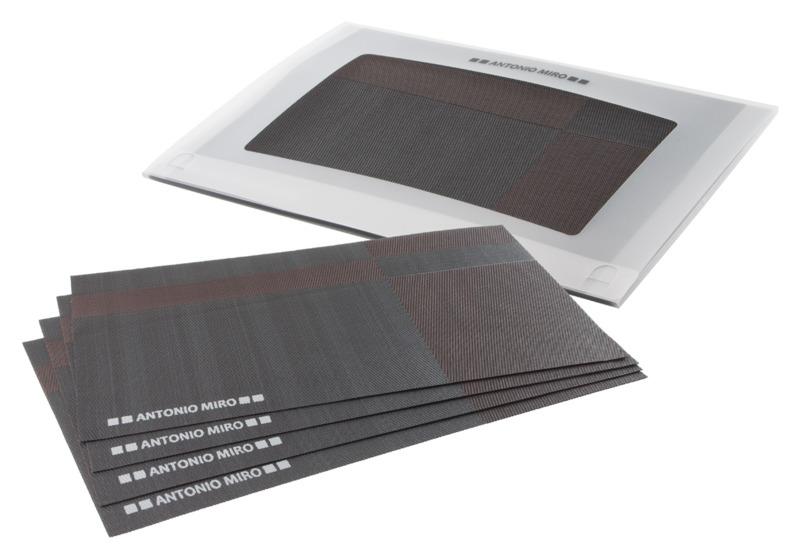 Taryen table mat set