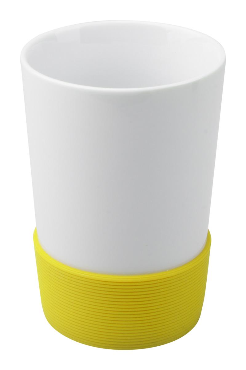 Grippy mug with silicone