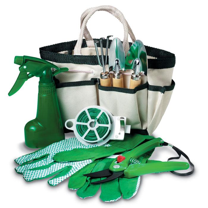 Set of 7 garden tools