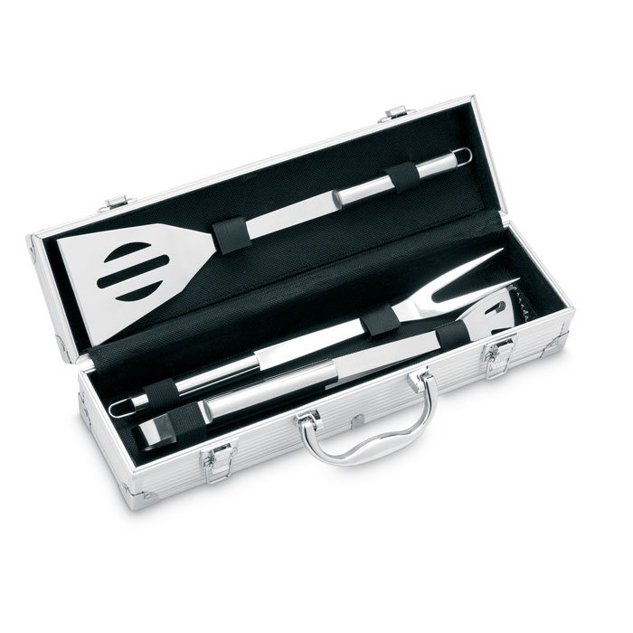 3 BBQ tools in aluminium case
