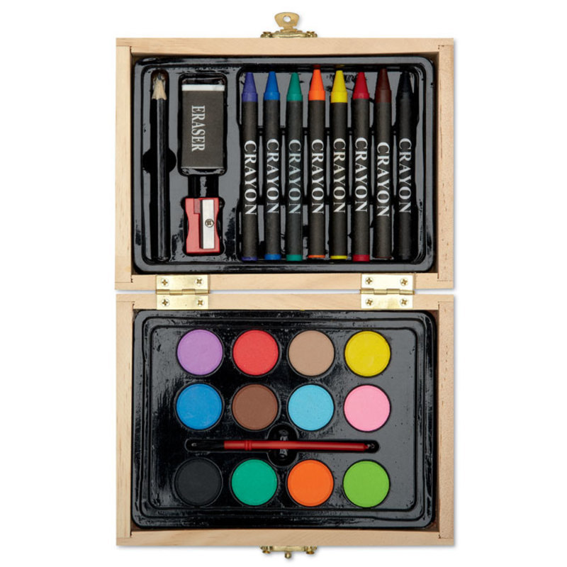 Painting set in wooden box