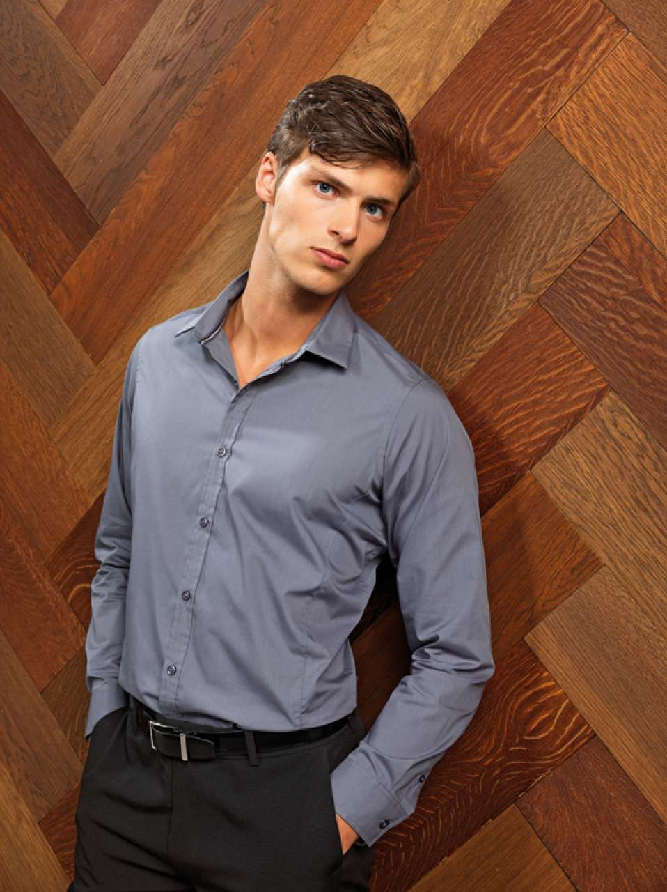 MEN'S LONG SLEEVE FITTED 'FRIDAY SHIRT'