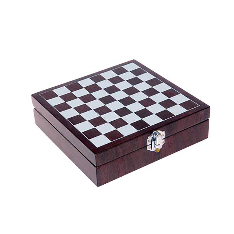Chess wine set