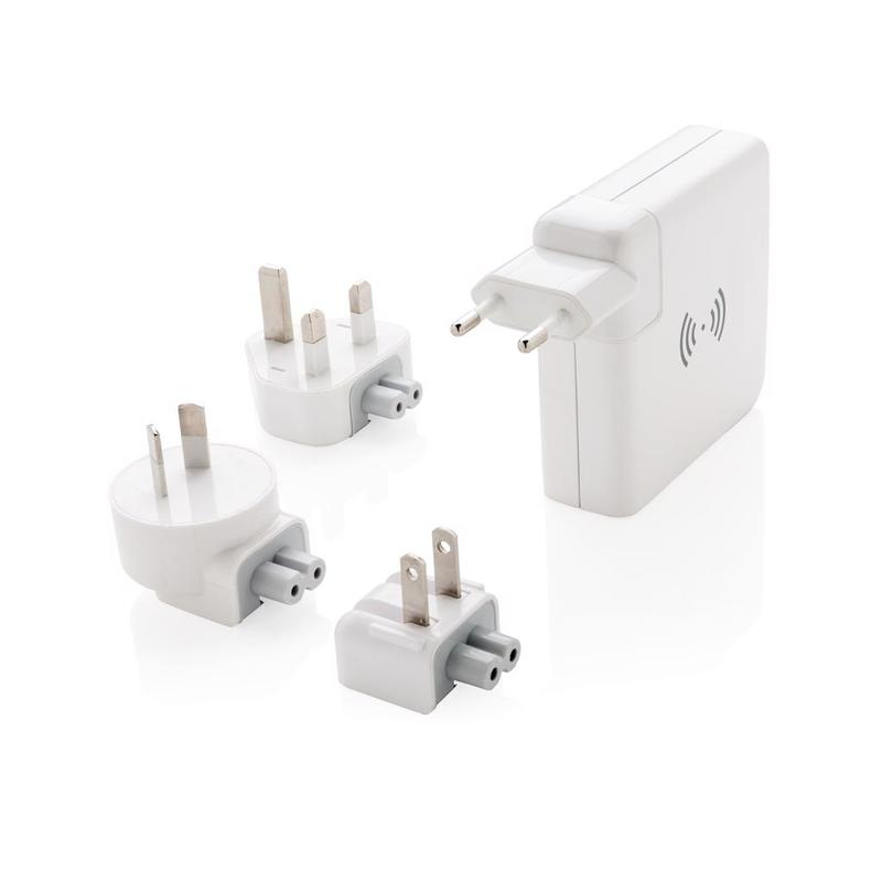 Travel adapter wireless powerbank
